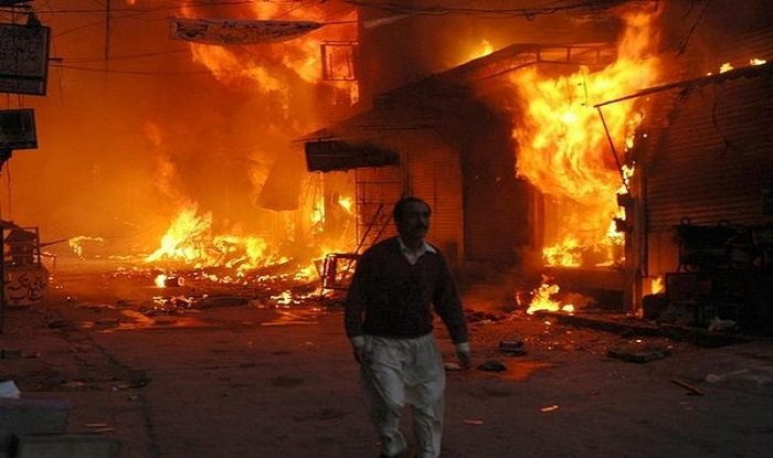 400 vehicles charred in fire in Indore