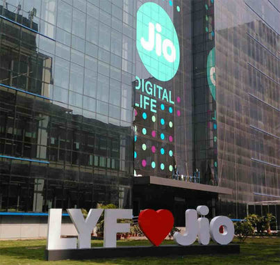 Reliance Jio guns for penalty on Bharti Airtel for 'misleading' ads.