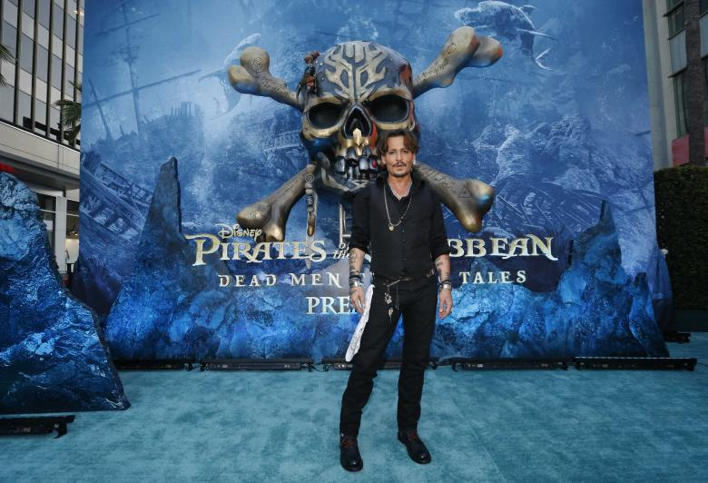 Box Office: �Pirates of the Caribbean� Hooks No. 1, �Baywatch�  Flops