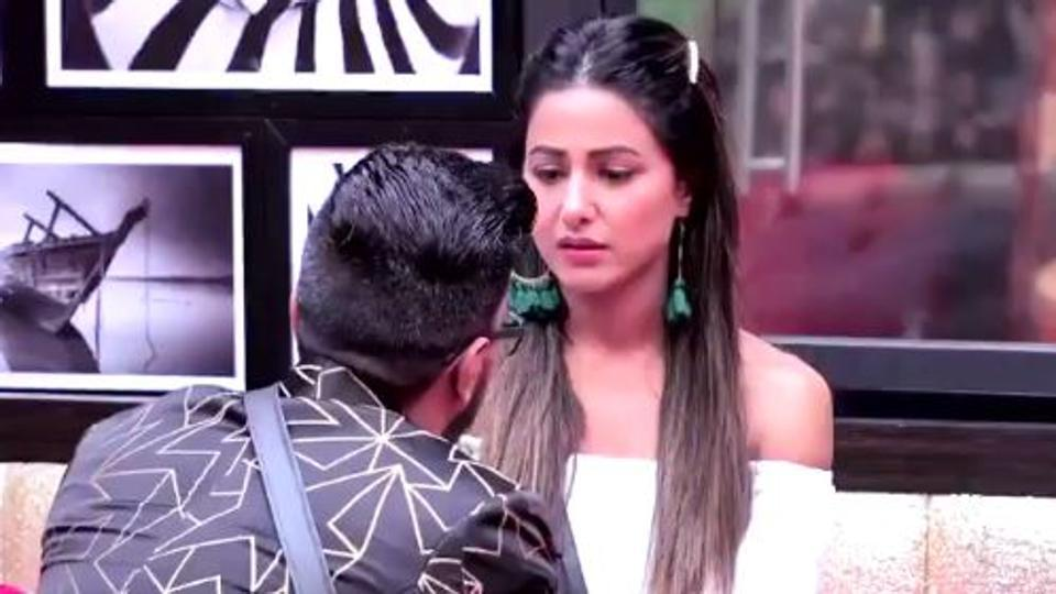 Bigg Boss 11: Hina Khan's boyfriend proposes to her, she wants to leave the show.