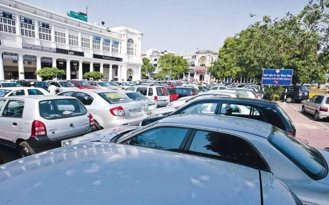 Delhi smog: 4-time hike in parking fee, slashed Metro fares during off-peak hours suggested