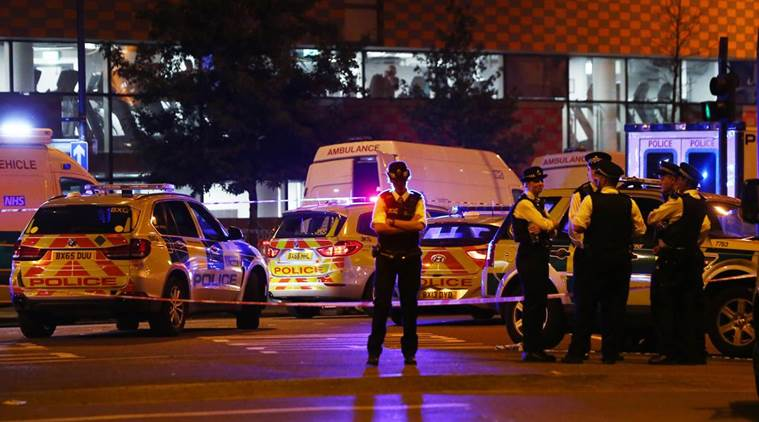 Counter terror police investigating after one man killed in van attack near mosque : Finsbury Park attack