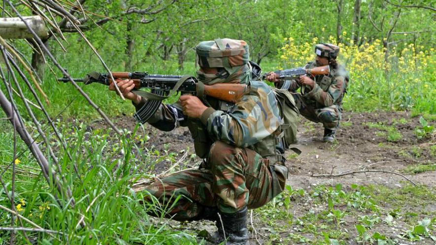 छत्तीसगढ़ में नक्सलियों के हमले में BSF के 4 जवान शहीद, 2 घायल