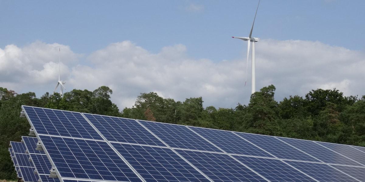 सस्ती सौर ऊर्जा उत्पादन में भारत सबसे आगे, चीन को भी पछाड़ा