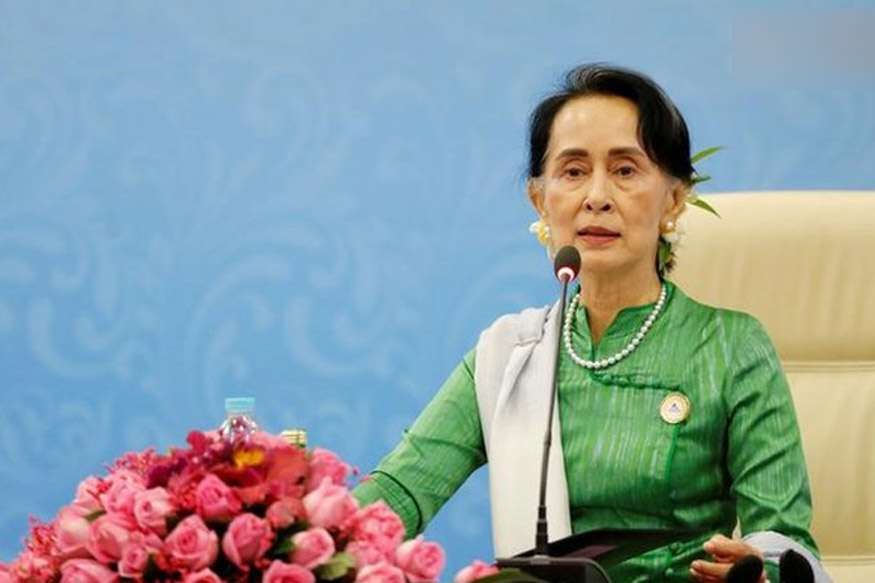 Amnesty Strips Suu Kyi of Highest Award For 'Indifference' to Rohingya Muslims' Plight