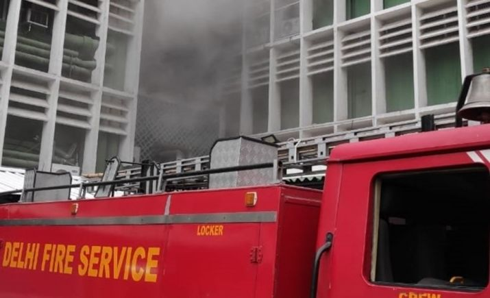 At AIIMS Delhi -  Fire Breaks out near emergency ward due to short circuit