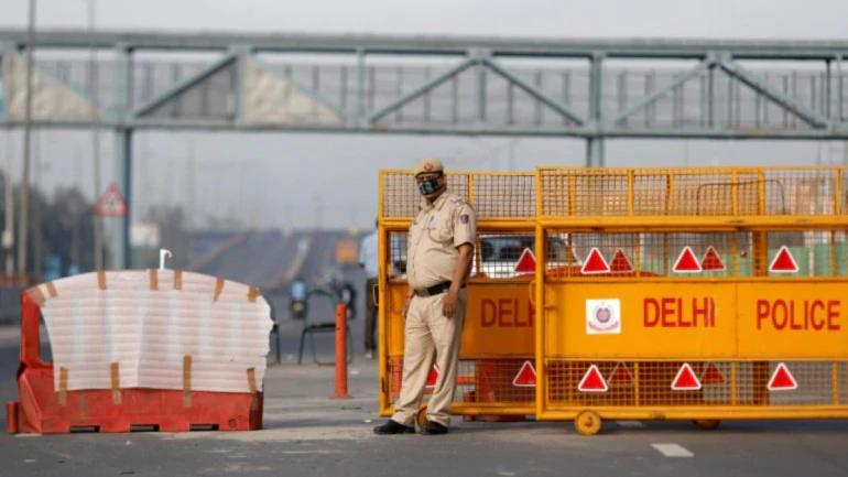 Coronavirus in India: 96 FIRs, 2,000 challans issued for flouting lockdown in Noida