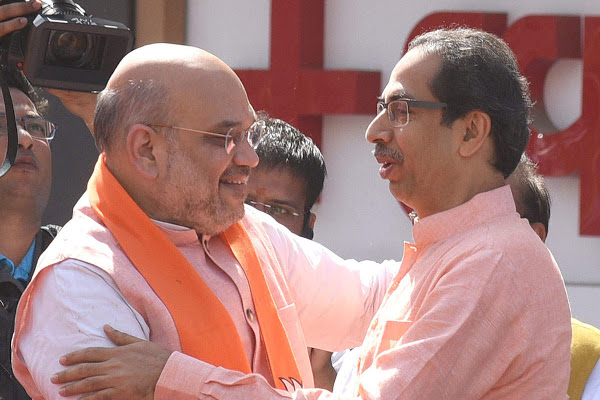 Amit Shah & Devendra Fadnavis Coax Uddhav Thackeray to Change His Mind, Attend NDA Allies' Meet