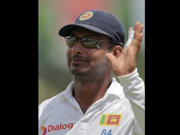 Teary Eyed Kumar Sangakkara Bids Adieu to International Cricket