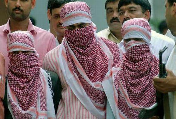 Cops get 20 days to probe Indian Mujahideen hand.