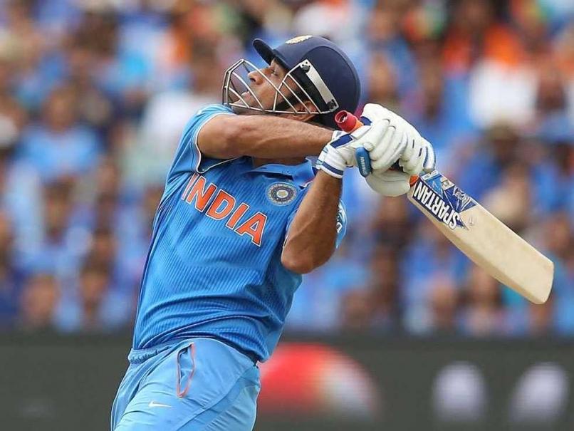 ICC World Cup: Mahendra Singh Dhoni Seeks Ravi Shastri's Help to Polish Batting Skills