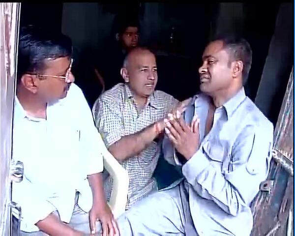 Kejriwal visits auto driver's home; attacker apologizes, calls slap a 'big mistake'.