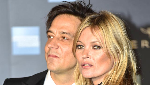 Bare It All | Kate Moss' Husband set to exhibit her nude photos.
