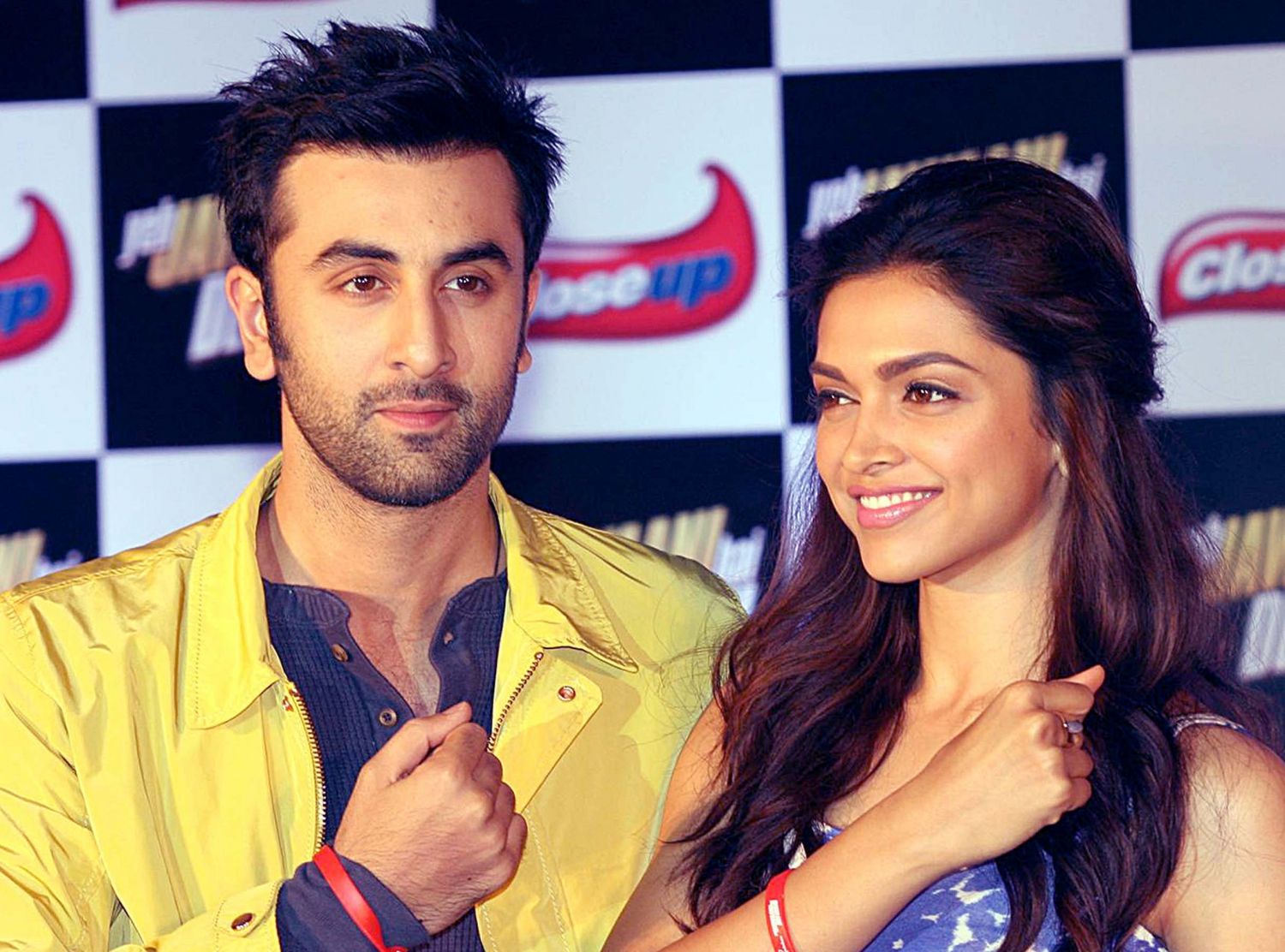 deepika padukone and ranbir kapoor dating It's very much there deepika padukone's pics flaunting her 'rk' tattoo while working out go viral - deepika had got the 'rk' tattoo done while she was dating ranbir kapoor.