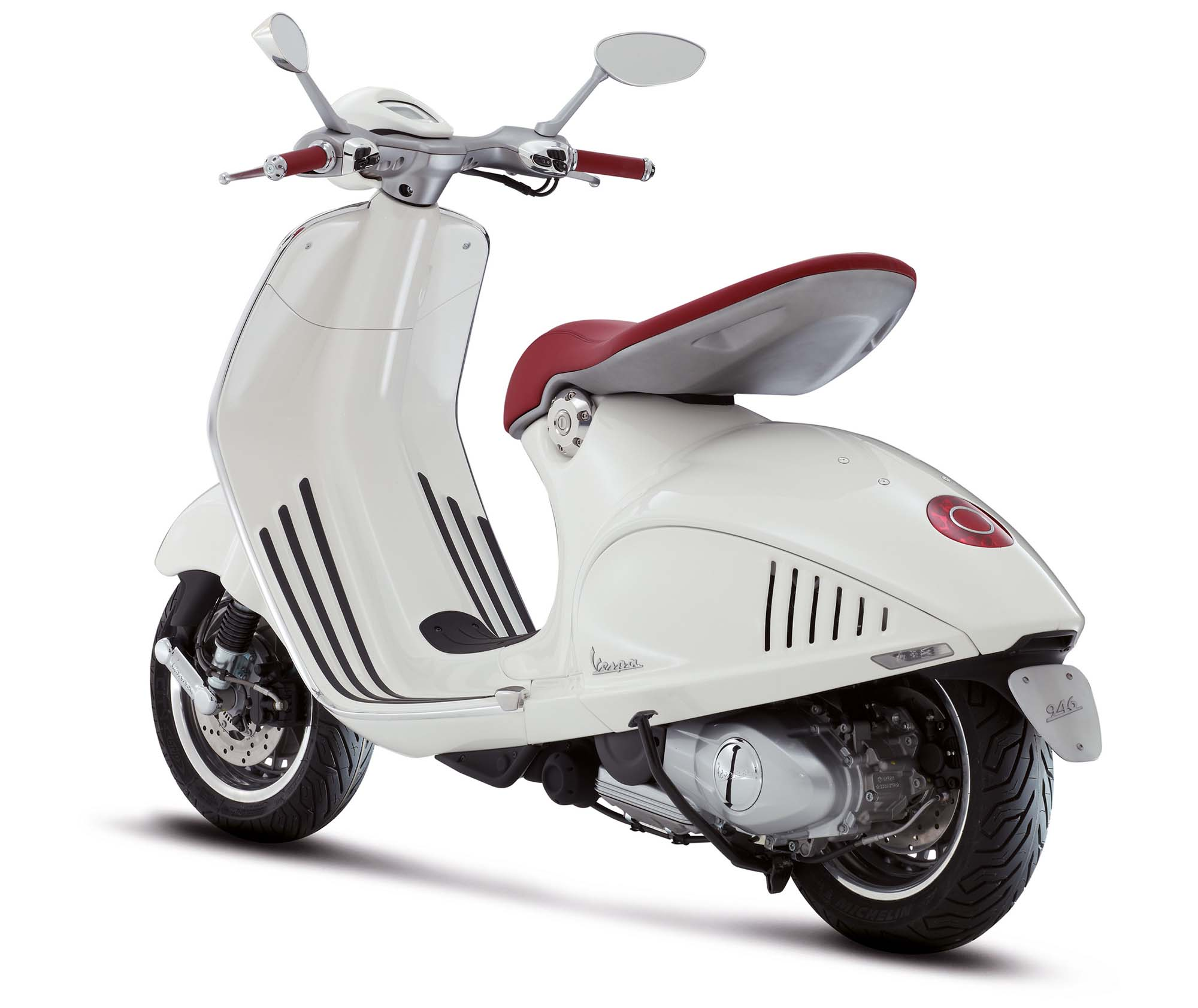 Piaggio lines up Vespa, Aprilia, Moto Guzzi for Auto Expo 2014