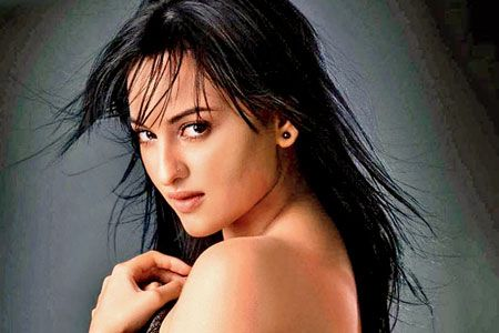 Sonakshi Sinha Tweets Sorry to Delhi Harassment Accused