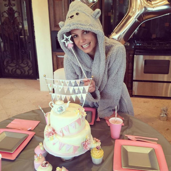 Britney celebrated 41st birthday, Miley Cyrus sends balloons