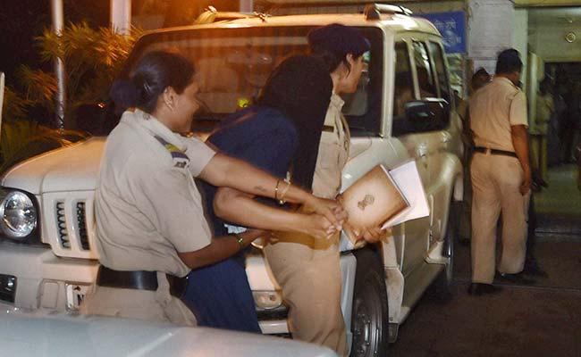 Indrani Mukerjea Beaten by Cops