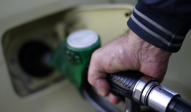 Petrol Price Cut by Rs 2/Litre, Diesel by 50 Paise/Litre
