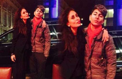 Kareena Posed with her Son!!!